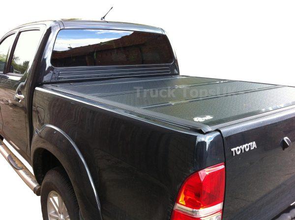Toyota Hilux Bak Flip Hard Folding Tonneau Cover 2005-2015