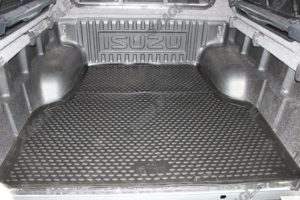Isuzu Dmax 2012+ TPE Rubber Boot Mat - Fits with Liner