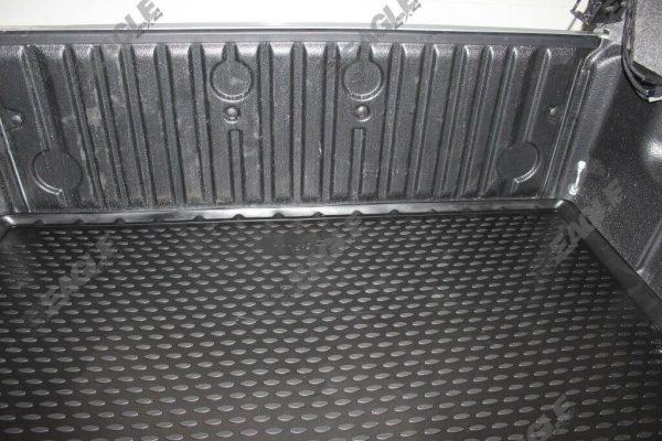 Isuzu Dmax 2012+ TPE Rubber Boot Mat - Fits with Liner