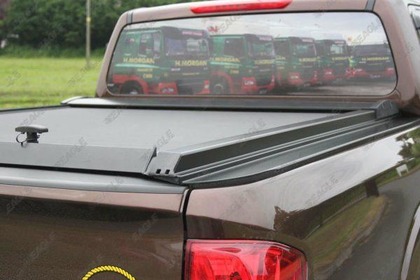 Nissan Navara NP300 Tesser Roller Shutter Hard Roll Top Tonneau Cover