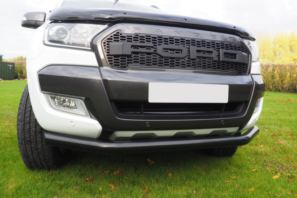 ford_ranger_black_spoiler_bar