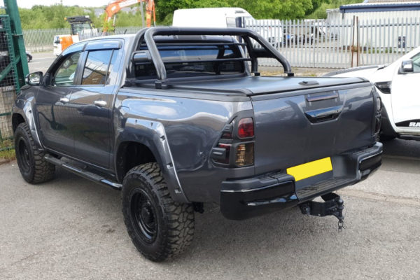 Toyota Hilux Roll and Lock Tonneau Cover