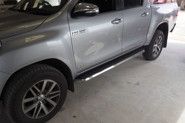 Toyota Hilux 2016 Alpine F1 Running Boards