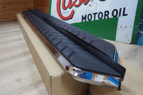 Isuzu Dmax Alpine F1 Running Boards - Stainless Steel