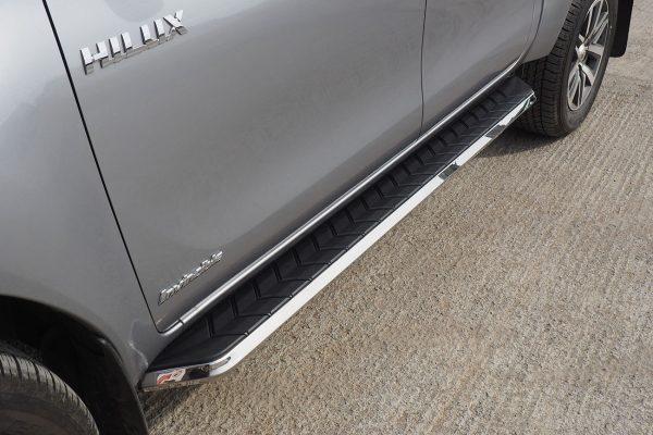Mitsubishi L200 Alpine F1 Running Boards - Stainless Steel