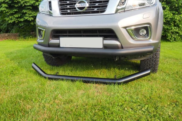 Black Spoiler bars for nissan navara NP300