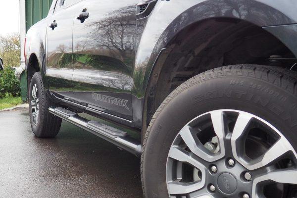 Ford Ranger Black Oval Side Steps