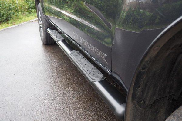 Mitsubishi L200 Black Side Steps
