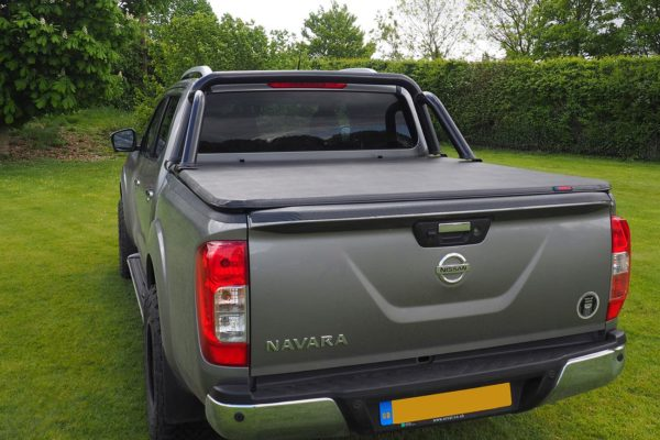 Nissan Navara NP300 - ST Roll Bar Black