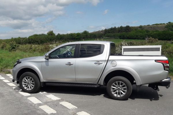 mitsubishi l200 series 5 side steps