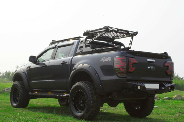 Toyota Hilux Combat Roll Bar and Roof Basket 05-15