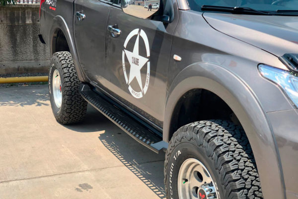Mitsubishi L200 FALCON Side Steps Running Boards