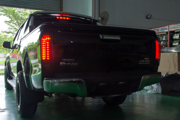 Isuzu Dmax LED Rear Lights Hawk V2 2012+