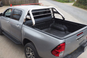 Isuzu Rodeo Stainless Steel Roll Bar