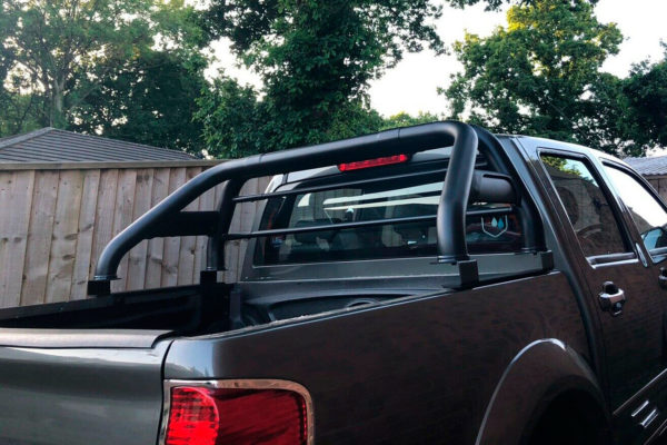 Great Wall Steed Soft Roll Tonneau Cover and Stainless Steel Roll Bar Combo