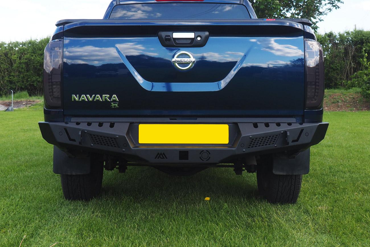 Nissan Navara Np300 Off Road Winch Style Combat Bumper
