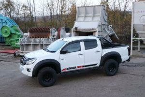 Isuzu Dmax Black Hawk Roll Bar - Fits with Tonneau Covers