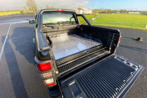 Mitsubishi L200 Long Bed Hawk Truck Bed Sliding Tray - Chequered Plate