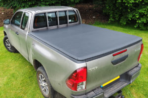 Toyota Hilux Extra Cab Eagle1 Soft Roll-Up Tonneau Cover - Fits With Ladder Rack
