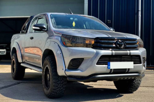 Toyota Hilux (Revo) Rhino Black Spoiler Bar