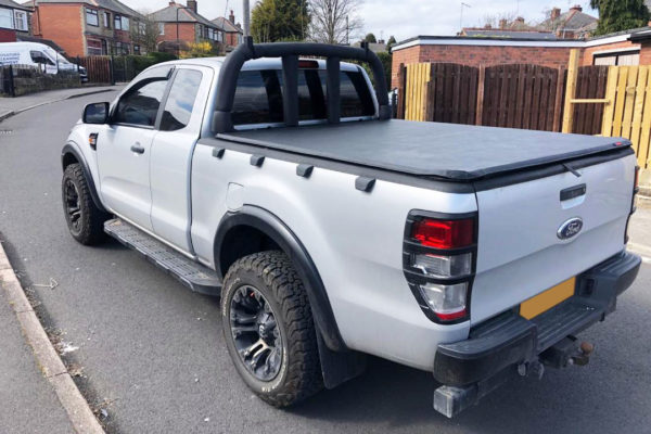 Ford Ranger T6 Super Cab Eagle1 Soft Roll-Up Tonneau Cover - With ladder rack