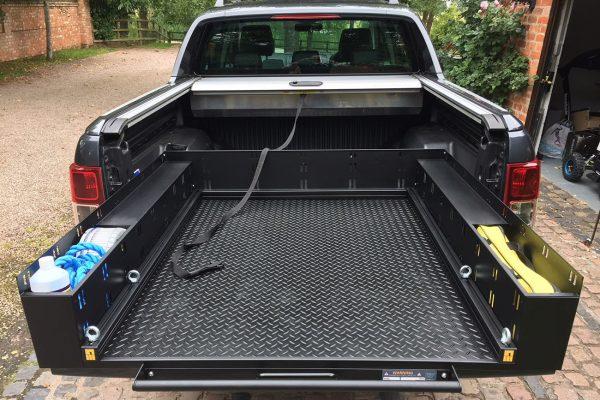 Toyota Hilux (Revo) Sliding Load Bed Tray