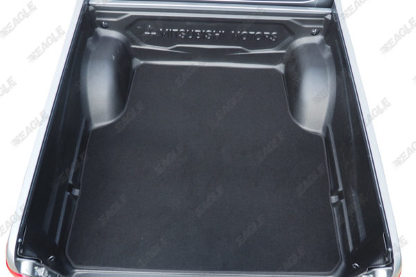 L200 Series 5 Carpet boot mat