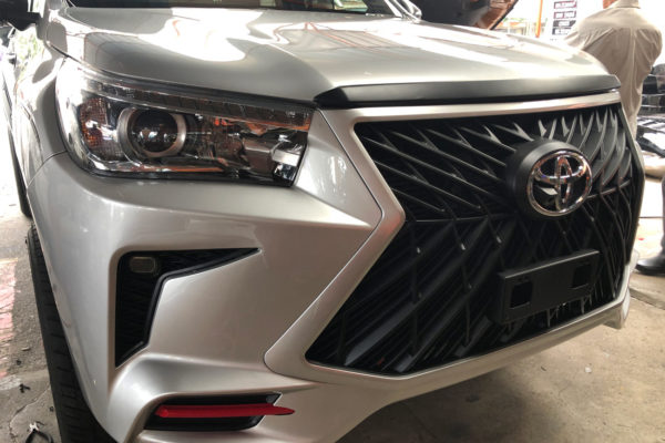 Toyota Hilux Bumper and Grille Replacement Body Kit