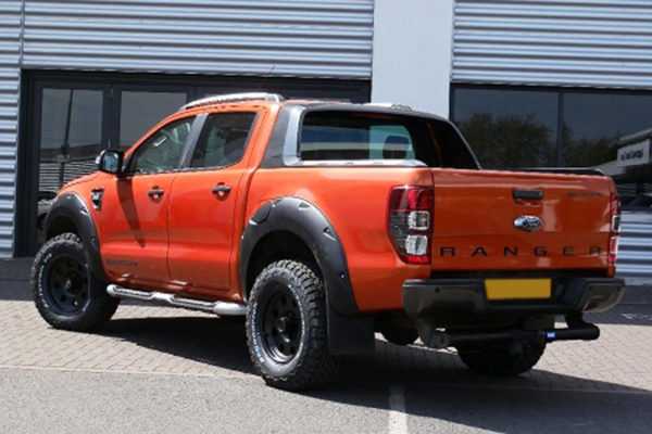 Ford Ranger Extreme Wheel Arches - No Park Assist - Sabre Orange