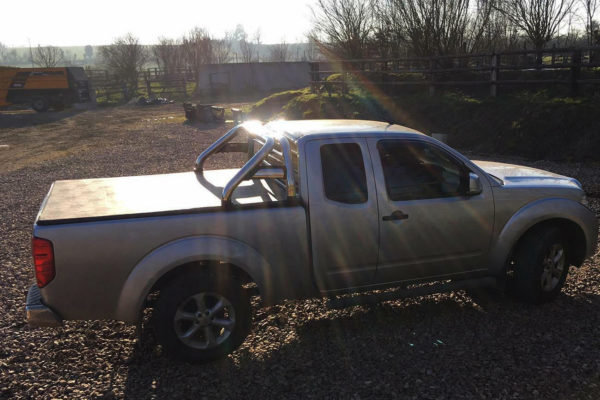 Nissan Navara D40 K/C Soft Roll Up Cover and Roll Bar Combo