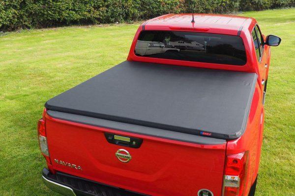 Nissan NP300 Navara Hawk Hard Tri Fold Tonneau Cover + ROLL BAR COMBO