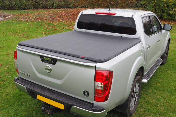 Soft Roll Up Tonneau Cover & F1 Roll bar for Nissan Navara NP300