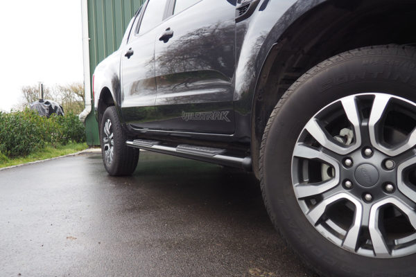 Toyota Hilux Oval Speedway Side Steps Running Boards Black