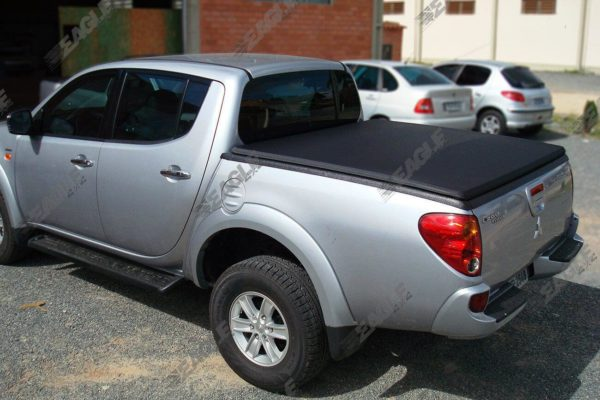 Mitsubishi L200 Short Bed Soft Roll Up Vinyl Load Bed Cover with Black Roll Bar Combo