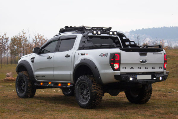 Mitsubishi L200 Long Bed Combat Black Roll Bar Rear Styling Bar with LED Light Pods