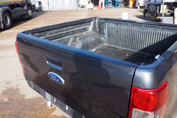 Ford Ranger T6 Smooth Large Black Tailgate Cap Cover Protector