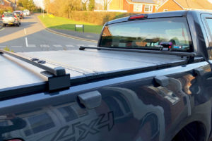 Black Crossbars Universal Fit for Pickup Trucks with Tonneau Covers and Roller Shutters