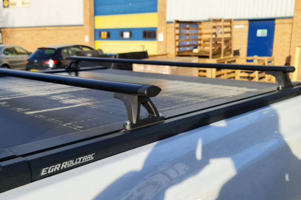 Universal Black Crossbars fits with Tonneau Covers and Roller Shutters