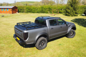Mitsubishi L200 Roof Rails Rack Bars to fit Roller Shutters