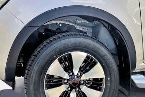 Isuzu Dmax 2021+ Wheel Arch Extensions Fender Flares Slim Fit Subtle Upgrade Matte Black Finish