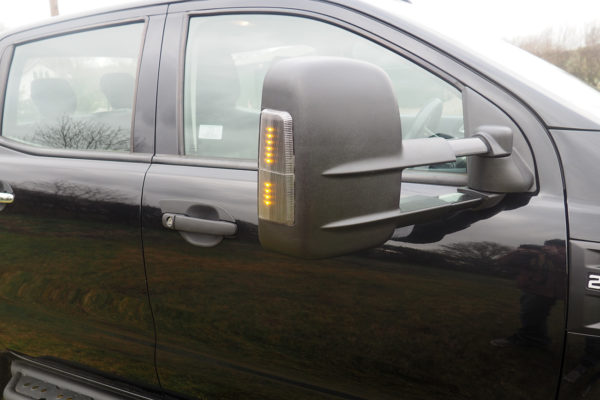 Isuzu Dmax 2021+ Extendable Towing Mirrors with Indicator