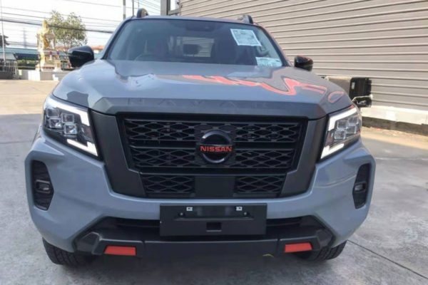 Nissan Navara NP300 Body Kit Full Upgrade Styling Trims Black Wheel Arch Extensions Grille and Bumper